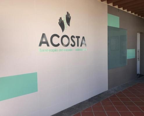 pancho-hermanos-construccion-reformas-interiorismo-torre-del-mar-proyectos-clinica-angel-acosta