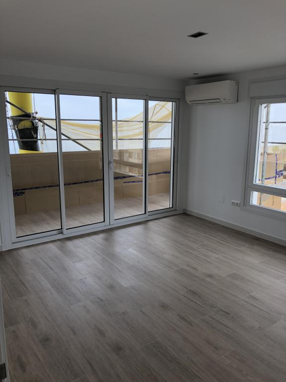 pancho-hermanos-construccion-reformas-interiorismo-torre-del-mar-proyectos-reforma-integral-piso-avda-colon